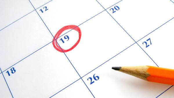 Inringade datum i en kalender.