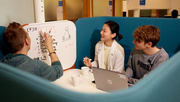 Internationalisering, IRO, internationella studenter, utbytesstudenter, utbytesstudier