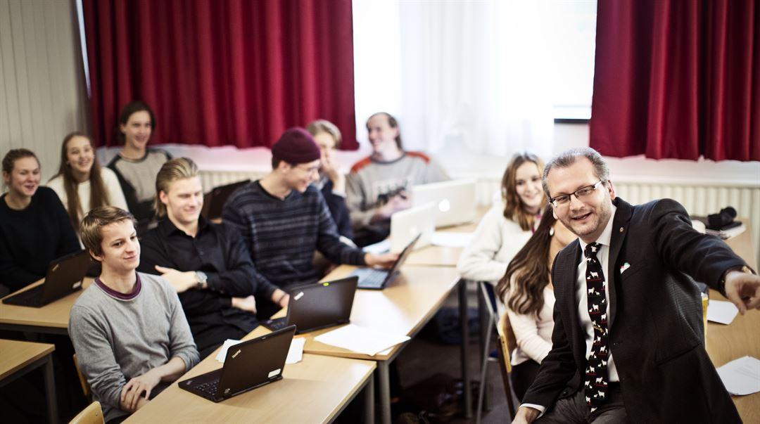 Lärarutbildning - Ämneslärare med inriktning mot arbete i gymnasieskolan