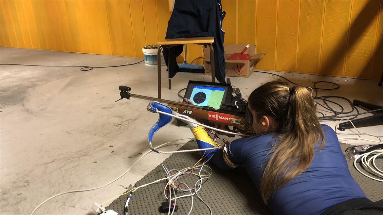 Test av skidskyttegevär Anna Magnusson