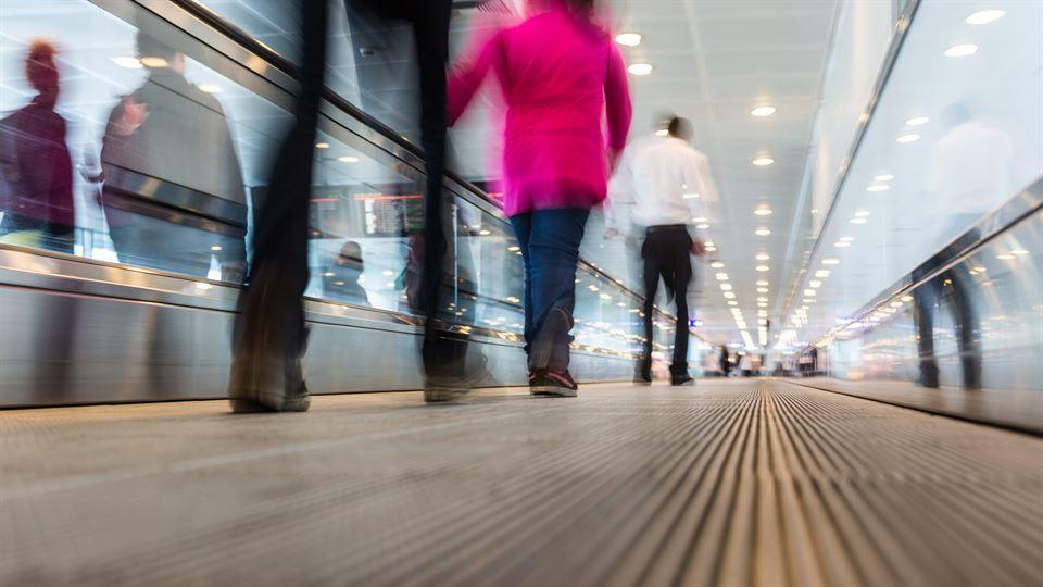 Flygplats, resande, rullband